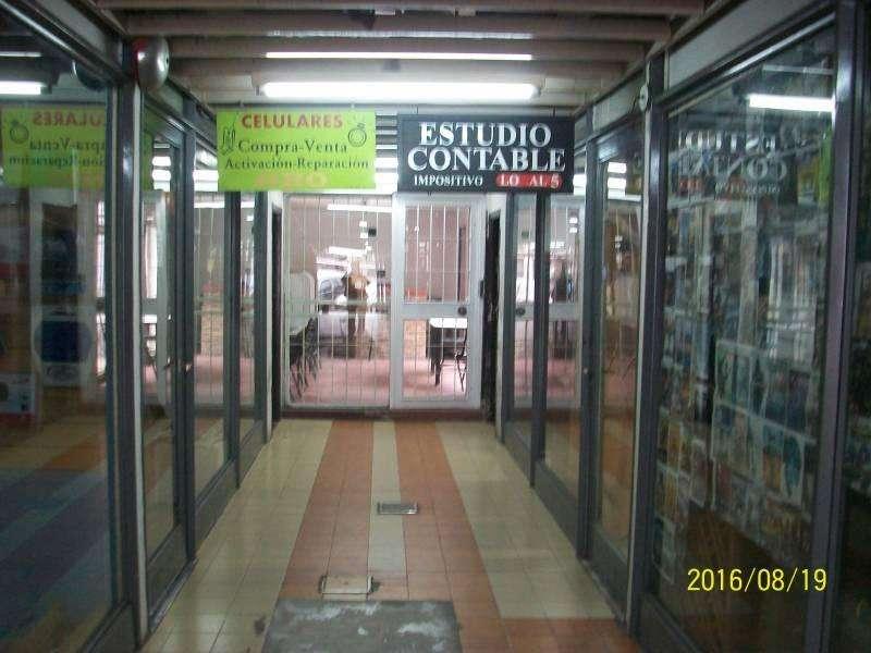 Local en 2 plantas en venta, en Villa Adelina!