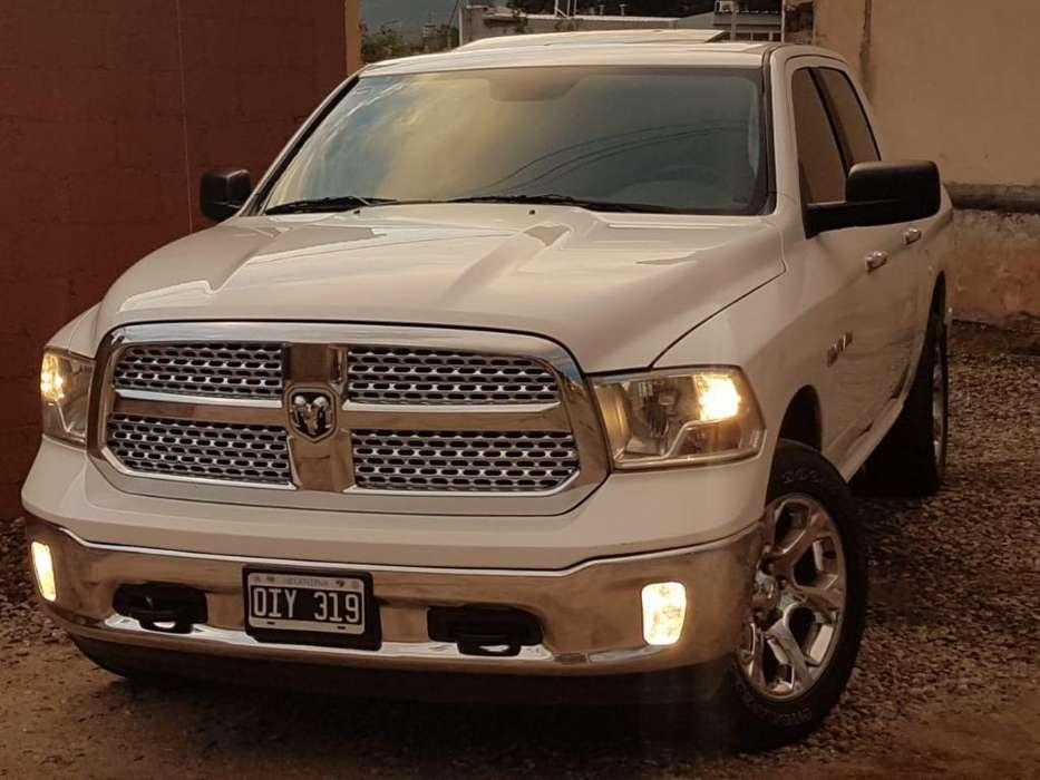 Dodge 1500 2014 - 75000 km