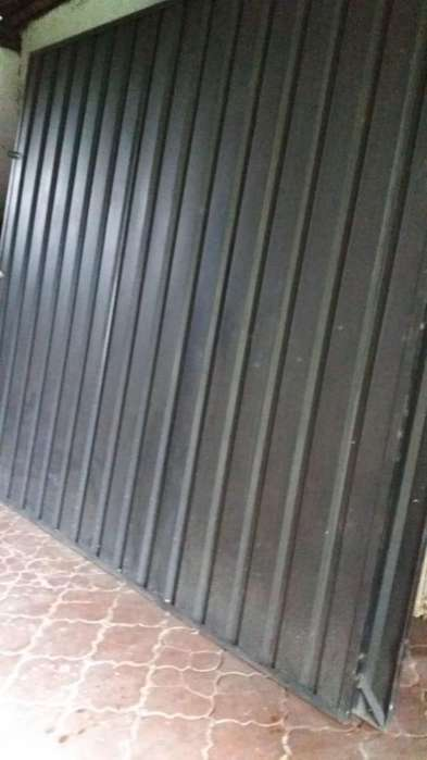 <strong>puertas</strong> metalicas 246 mts x 260 mts