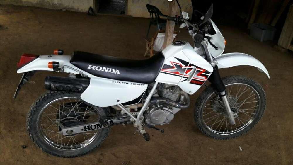 Vendo <strong>honda</strong> Xl 200 Año 2008