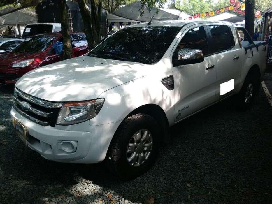 Ford Ranger 2013 - 296571 km