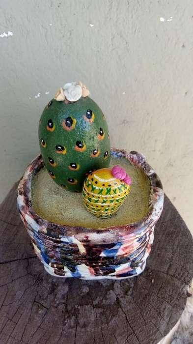 Artesanía Cactus en Piedra