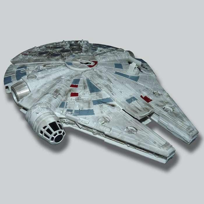 Star Wars Millenium Falcon / Halcón Milenario