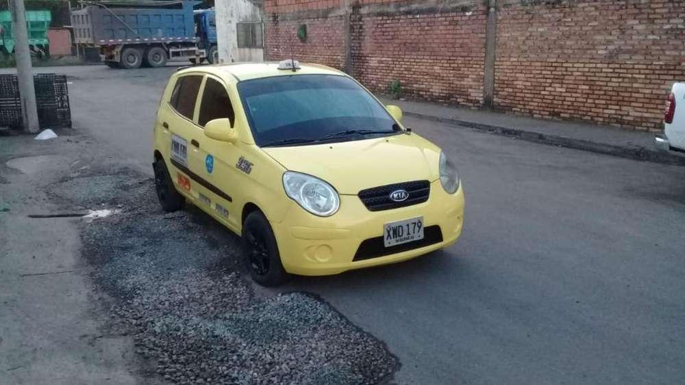 Vendo O Permuto Taxi Kia Picanto
