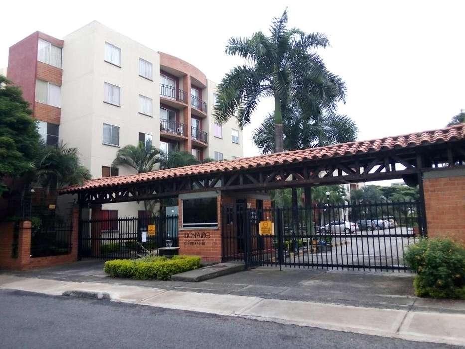 Se ofrece hermoso apartamento en el sur de la ciudad 3152444073