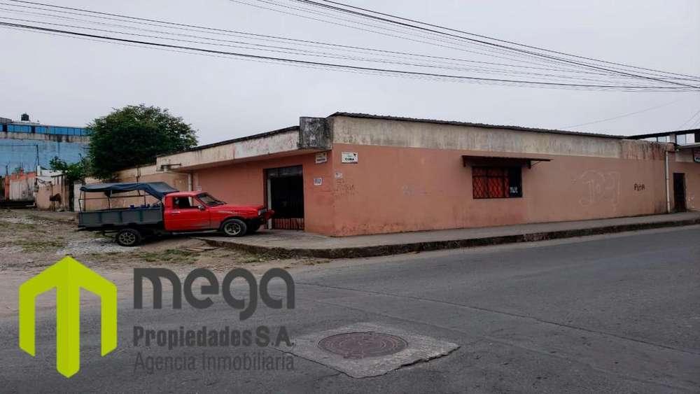 Vendo casa rentera en zona escolar, Santo Domingo