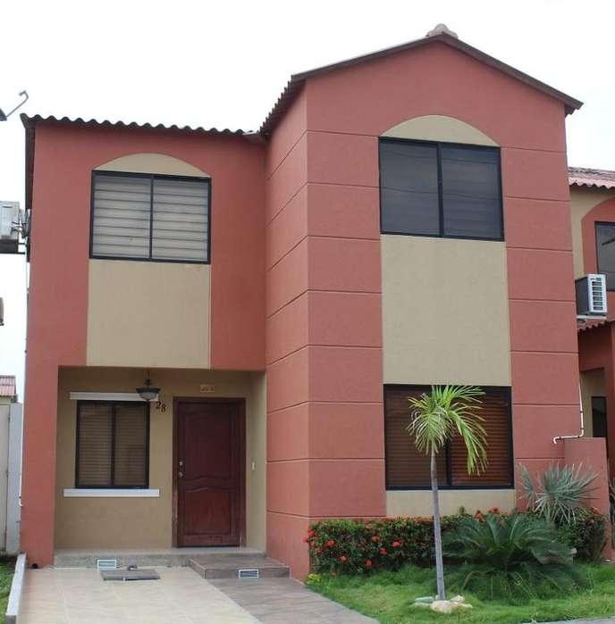 En alquiler <strong>casa</strong> en Urbanización VIlla Club Etapa Kripton