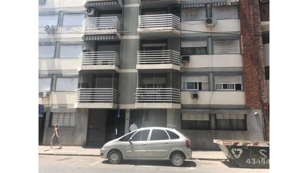 Corrientes 1500 3 - UD 150.000 - Departamento en Venta