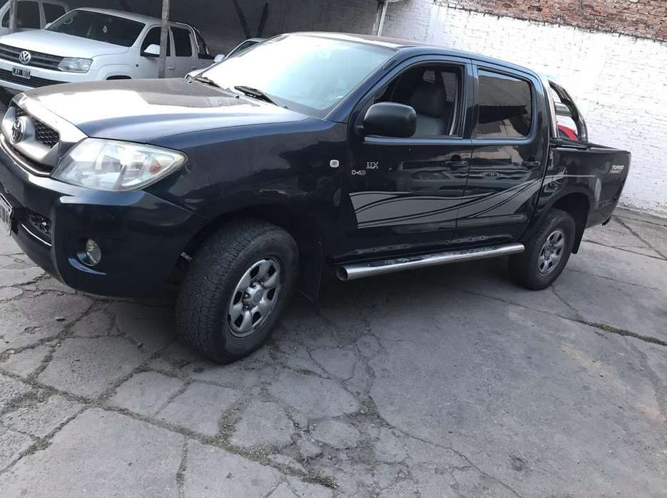 Hilux 2010 4X4 Tdi Impecable Permuto