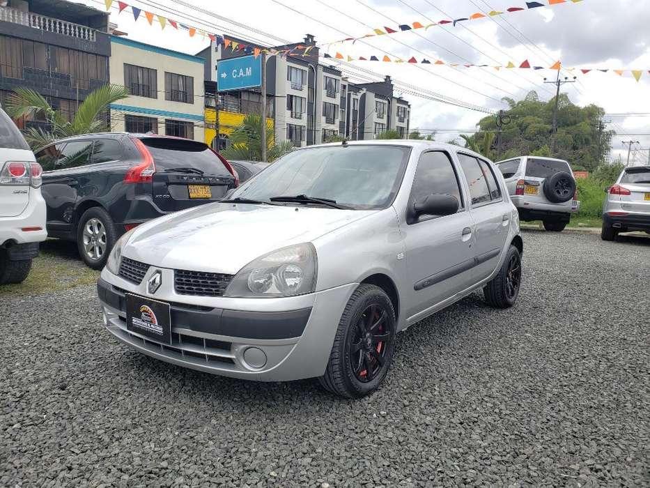 Renault Clio  2010 - 79000 km