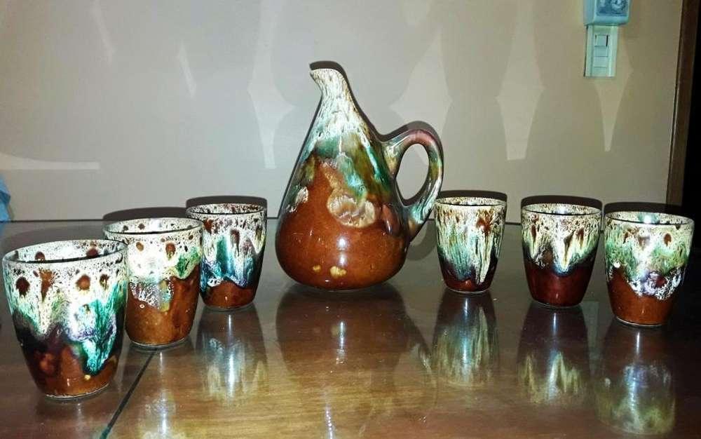 Juego Antiguo de Jarra y vasos