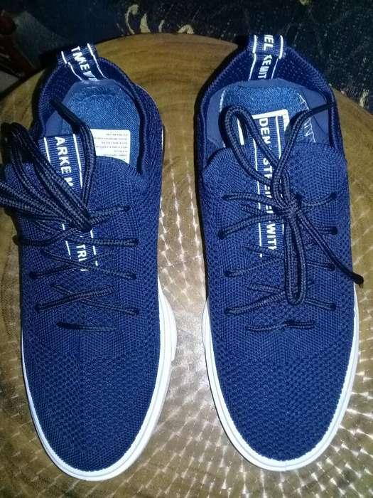 Se Vende Zapatos Deportivos
