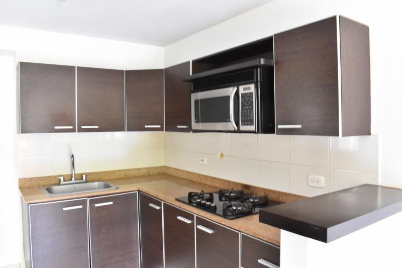 Apartamento En Venta En Cali Valle Del Lili Cod. VBINH-788