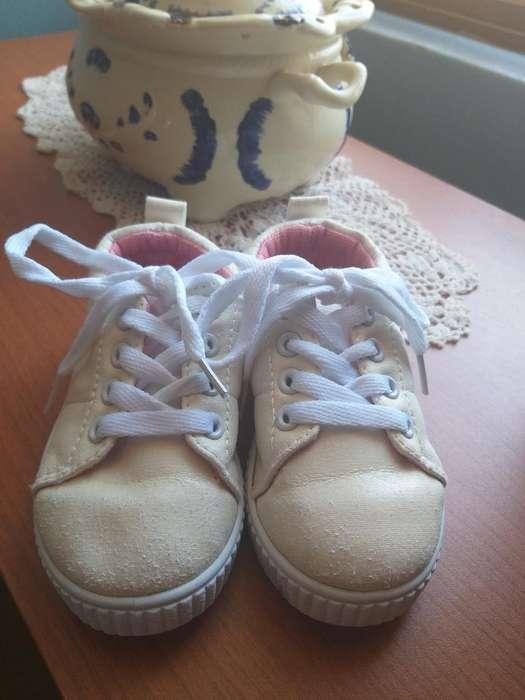 Zapatillas de Niña Talla 22