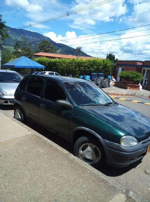 Chevrolet Corsa 4 Ptas. 1997 - 116000 km