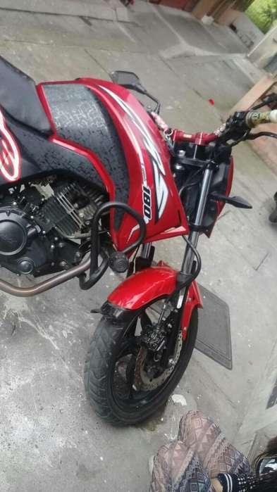 Cr5 180-2016 Moto