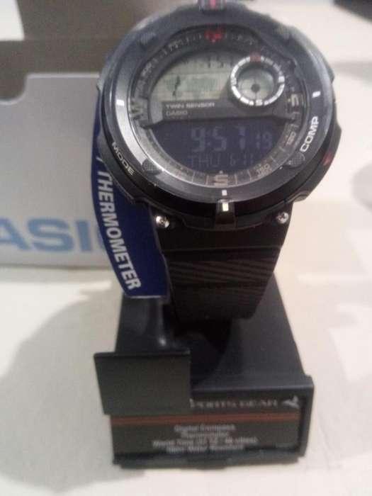 Reloj <strong>casio</strong> Sgw600h Brujula Y Termometro