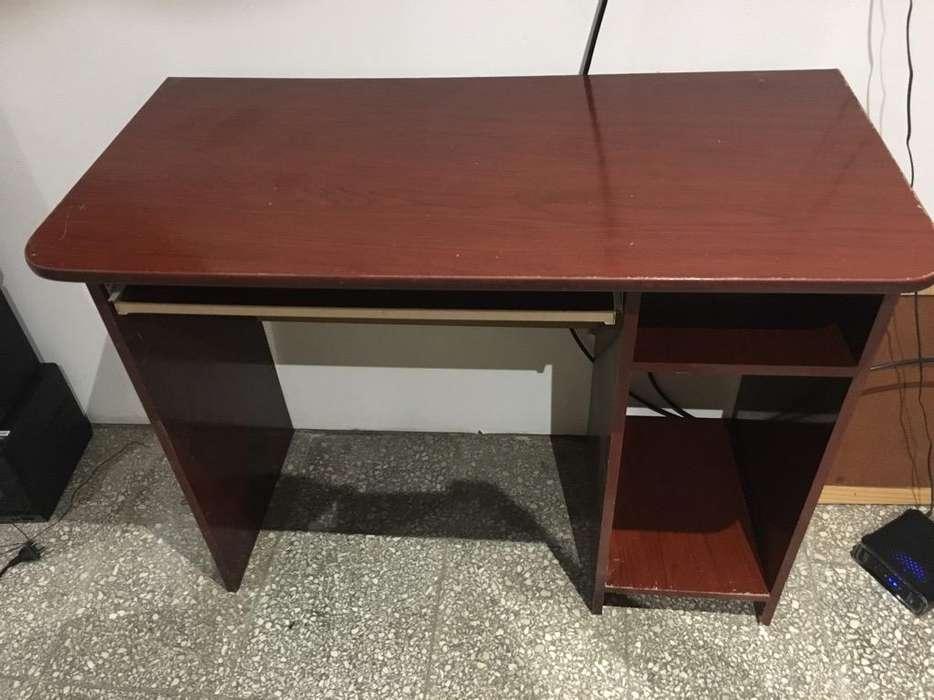 Mesa de Pc Y Silla de <strong>escritorio</strong>