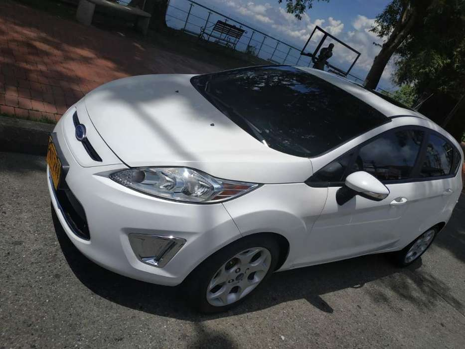 <strong>ford</strong> Fiesta  2012 - 71000 km