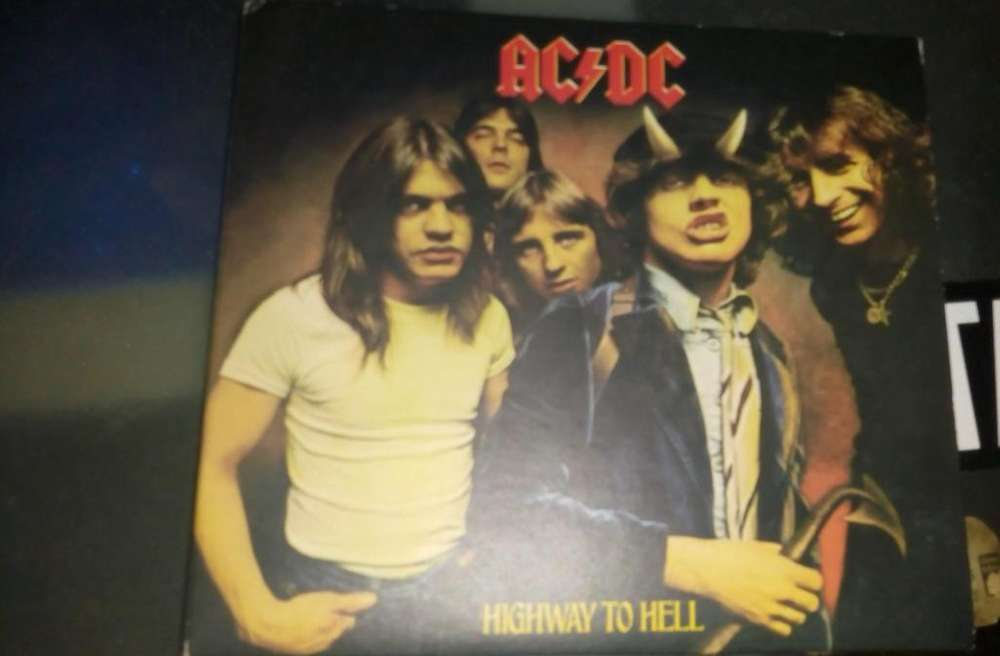 Discos AC/DC High Voltage Black Ice Hightway to hell