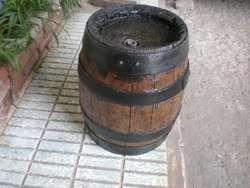 barril de antiguo de cerveceria quilmes