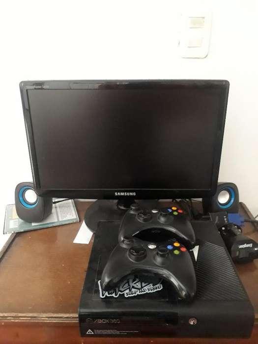 Se Vende Completo Xbox 360 con 11 Juegos