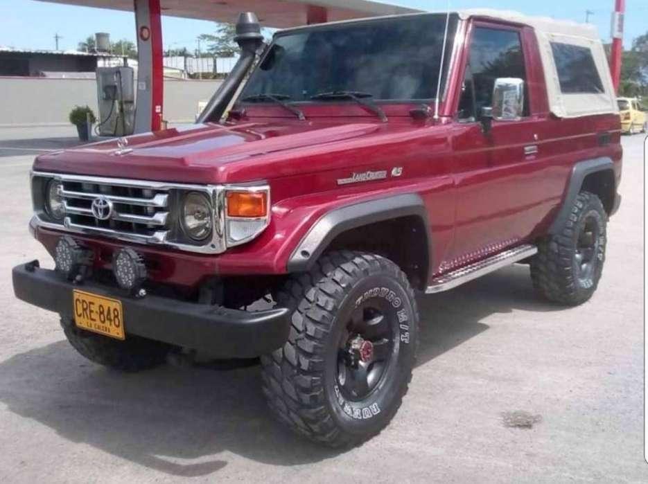 Toyota Land Cruiser 1995 - 230000 km