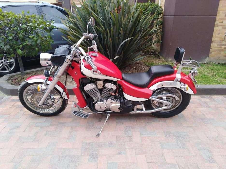 MOTO HONDA SHADOW 600. MODELO 1994 CHOPPER