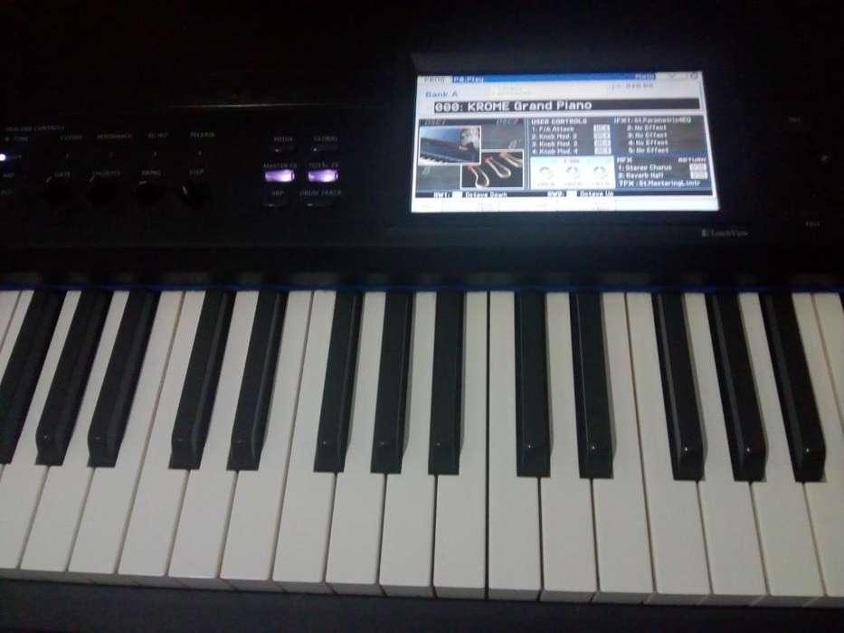 Korg Krome 88(sinte con Teclas de Piano)