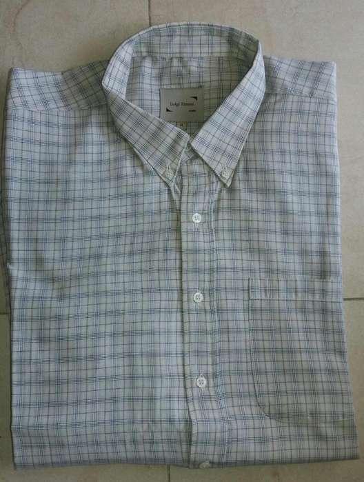 <strong>camisa</strong> beige,rayitas negras,forman cuadrados,talle xl.manga larga