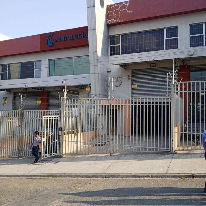 Venta de Oficina o Local Comercial Norte de Guayaquil Km 7 Vía a La Costa