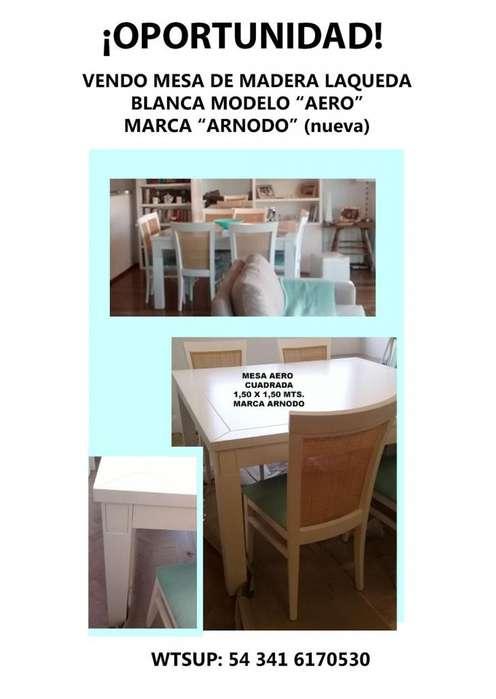 ¡OPORTUNIDAD! Vendo mesa blanca cuadrada, impecable, marca Arnodo modelo Aero!