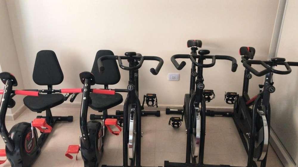 Bicicleta Spinning - uso profesional - Fija y Horizontal