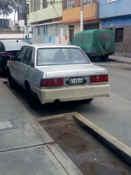 Toyota Corolla 1981 - 445959 km