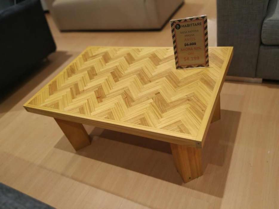 Mesa ratona madera maciza con diseño