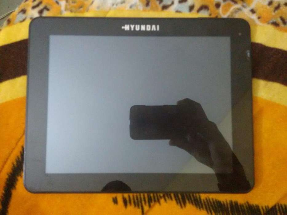 Vendo Tablet Hyundai 10 Pulgadas