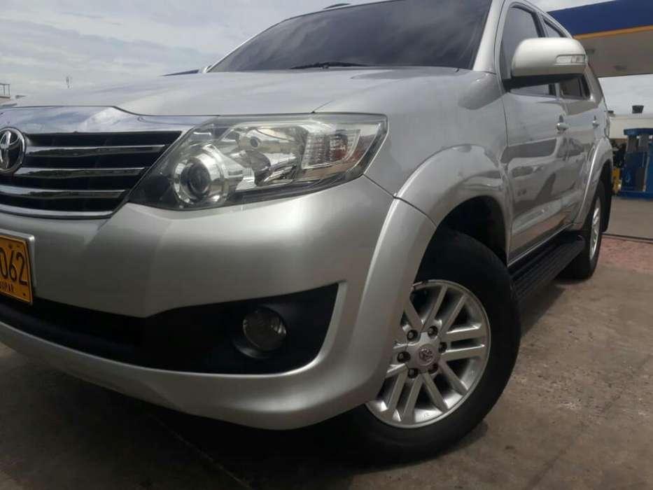 Toyota Fortuner 2013 - 102000 km