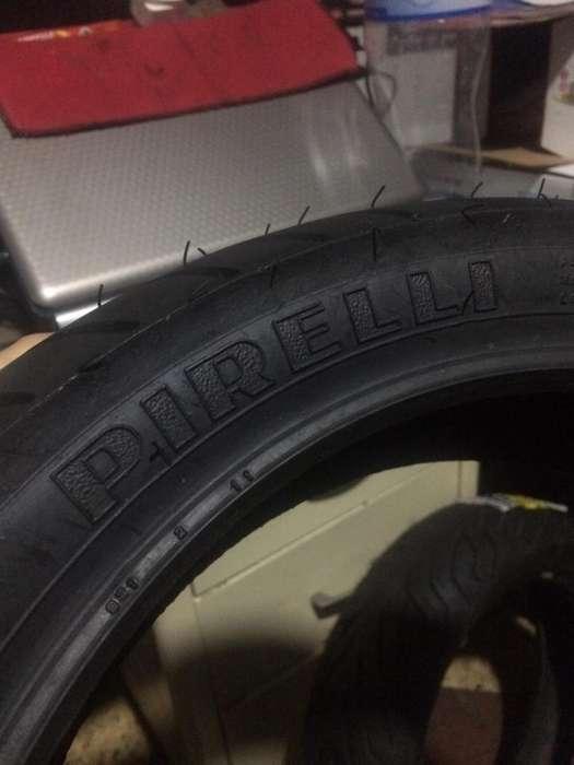 Llanta marca Pirelli original Aro 13