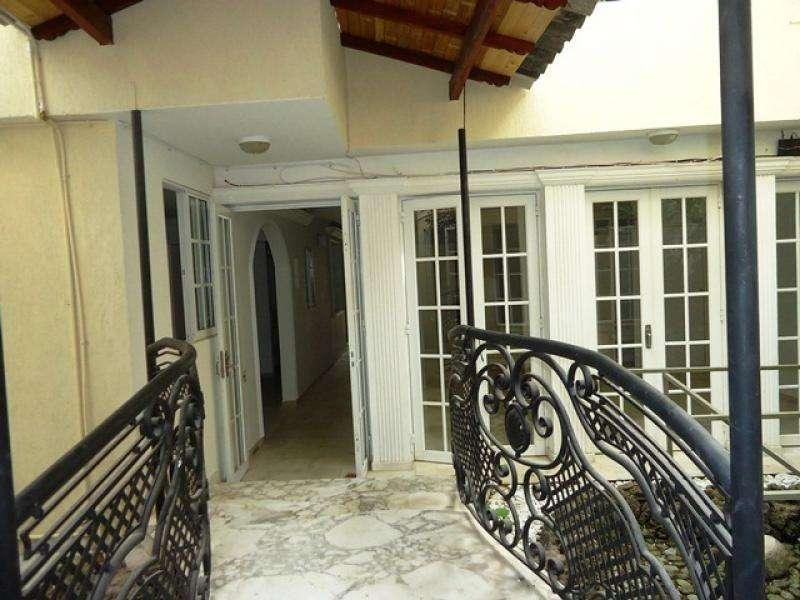 Edificio En Venta En Cali Pampalinda Cod. VBSBI10872