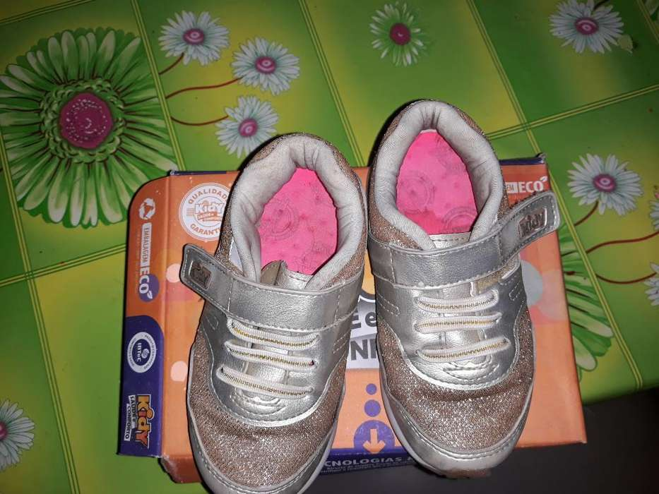 6b82bb302 Zapatillas  Ropa para Bebés y Niños en Tucumán