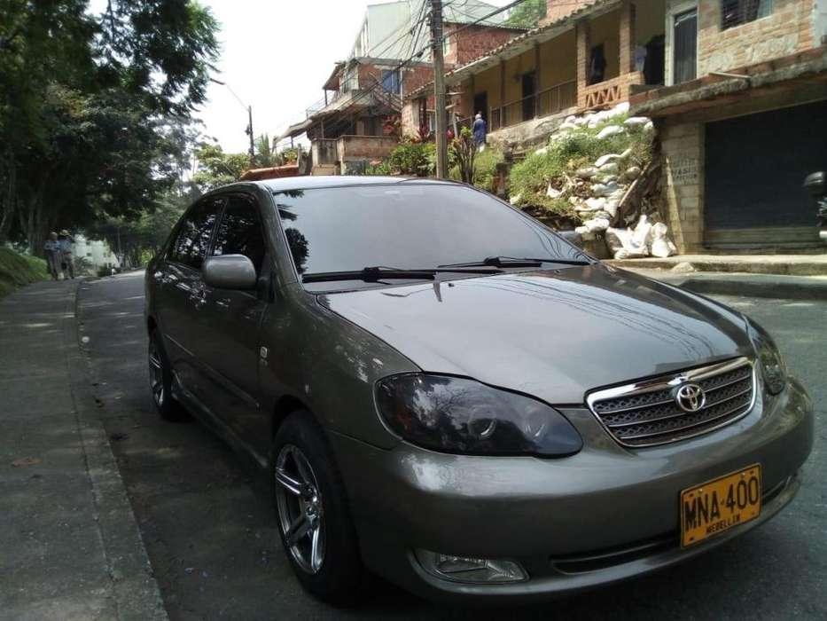 Toyota Corolla 2004 - 190000 km