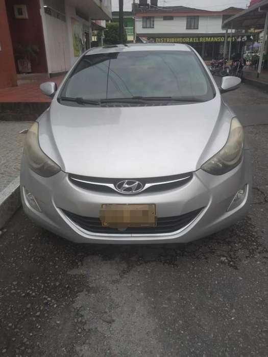 Hyundai Elantra 2012 - 0 km
