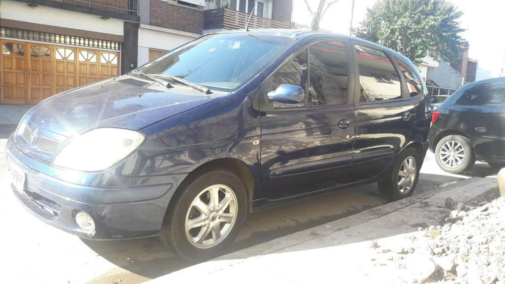 Renault Scenic  2005 - 207000 km