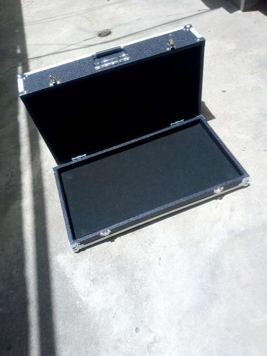 Hard Case para Pedales O Bat.electronica