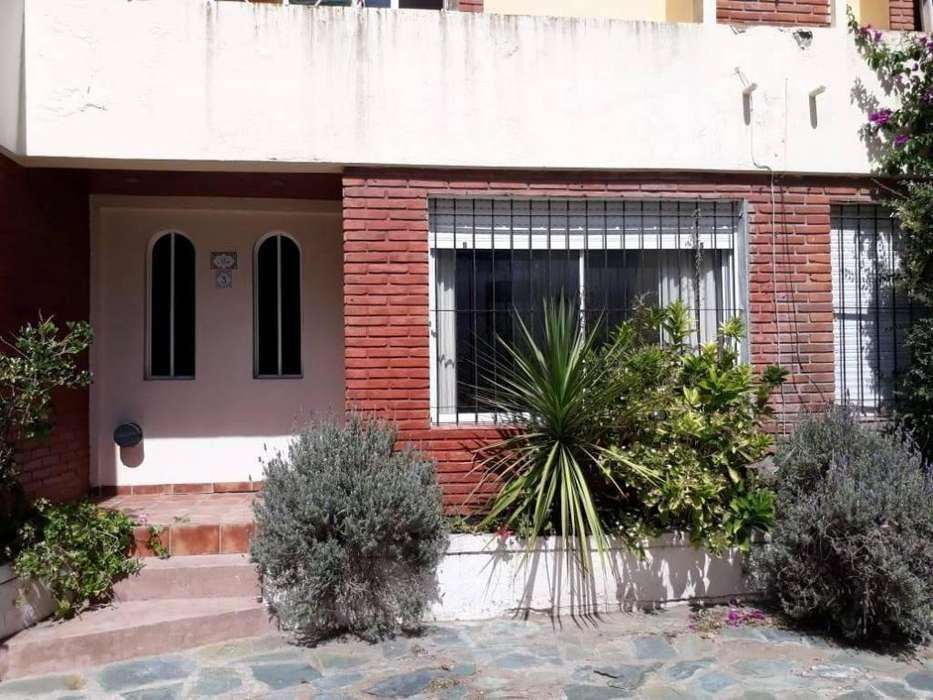 tt24 - Casa para 2 a 5 personas con cochera en Pinamar