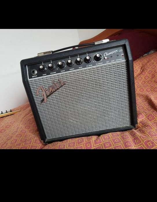 Amplificador Fender Champions 20