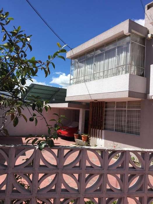 Renta, alquiler, arriendo casa sector Jipijapa, Norte de Quito