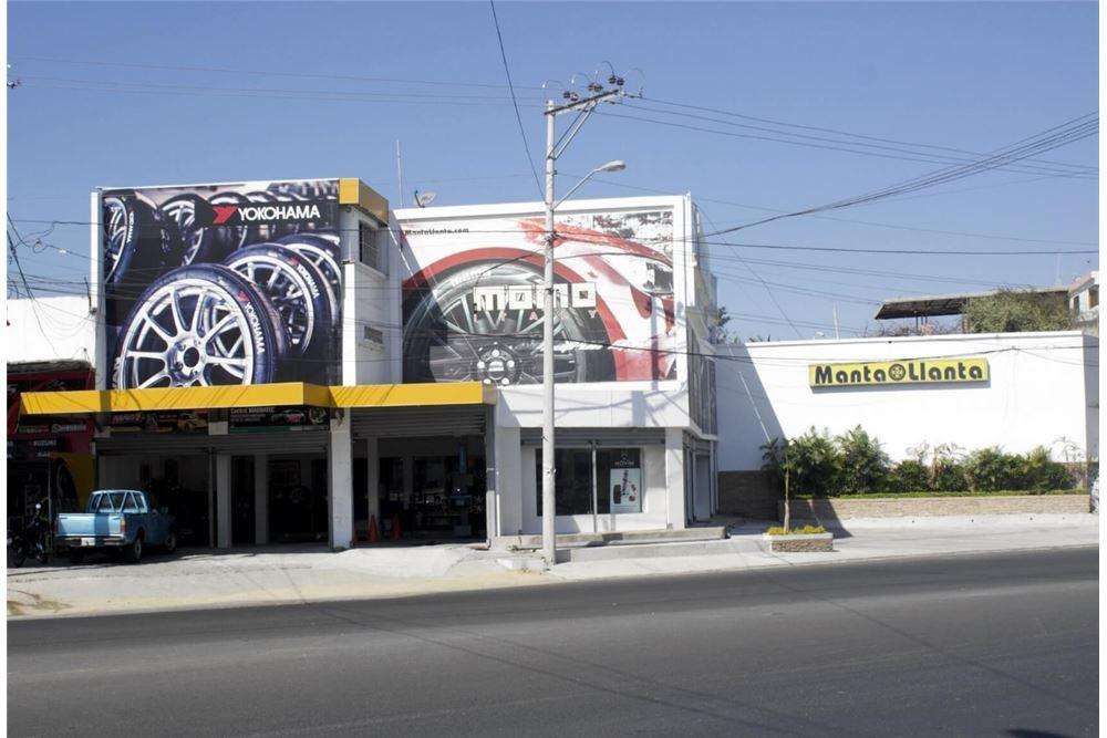 <strong>local</strong> comercial en venta en Manta