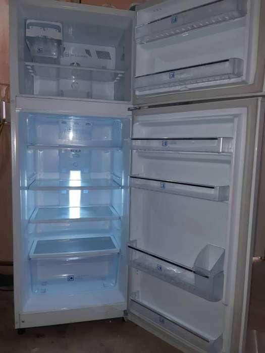 Vendo <strong>refrigerador</strong> Poco Tiempo de Uso