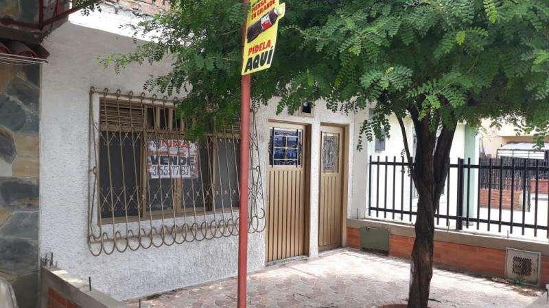 Cod. VBKWC-10402452 Casa En Venta En Cali El Troncal